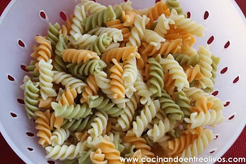 Ensalada de pasta con piña www.cocinandoentreolivos (3)