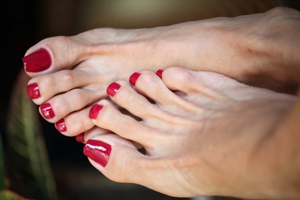 Sexy mature feet mine the