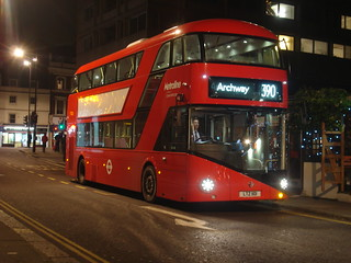 Metroline LT101 on Route 390, Notting Hill Gate