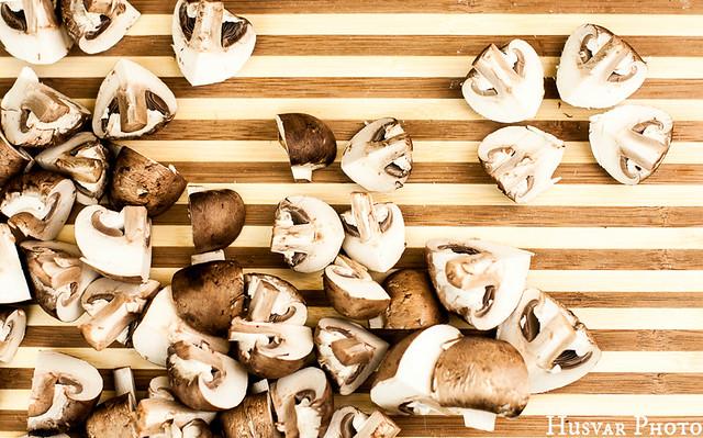 crimini mushrooms in_the_know_mom