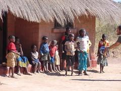 Zambia. Aldea entre Kasama y Mporokoso. Los niños