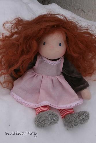 """Katinkia 13"""" Inviting Play redhead"""