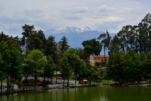 Vista del majestuoso volcán Iztaccíhuatl desde la Ex Hacienda de Chautla, Sn. Martín Texmelucan, Puebla.