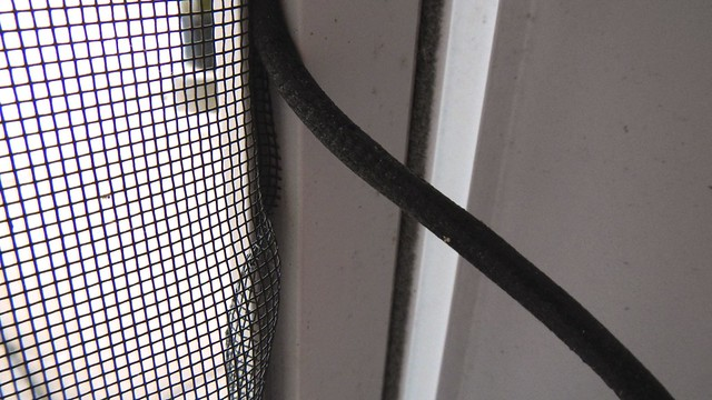Screen Door Quick Fix 10