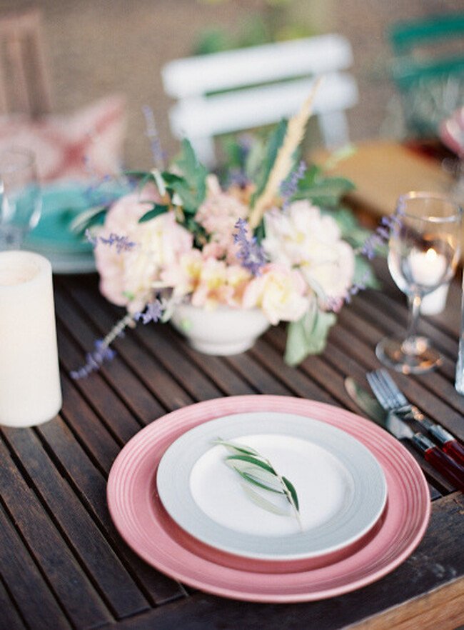 {parties & entertaining : maintaining conversation flow} via chevrons & éclairs
