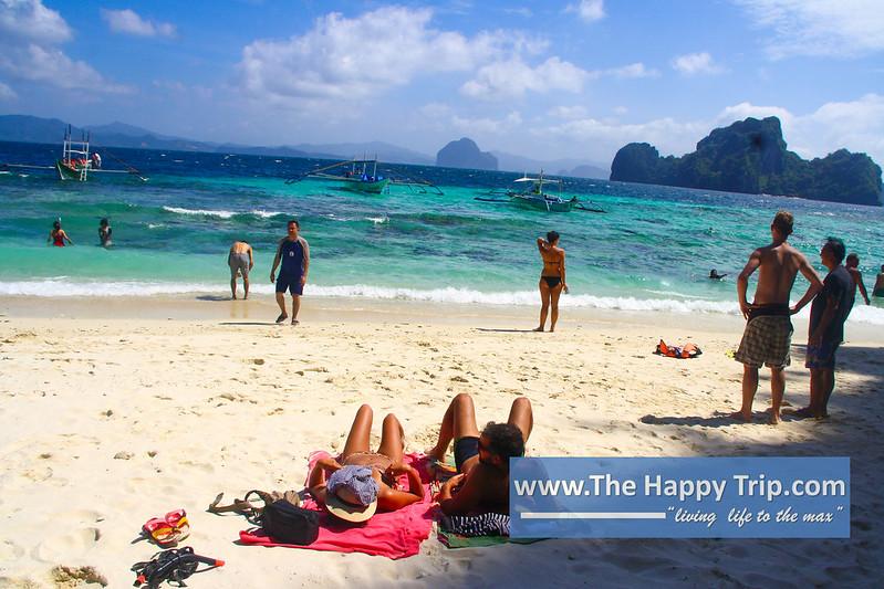 THE HAPPY TRIP-203