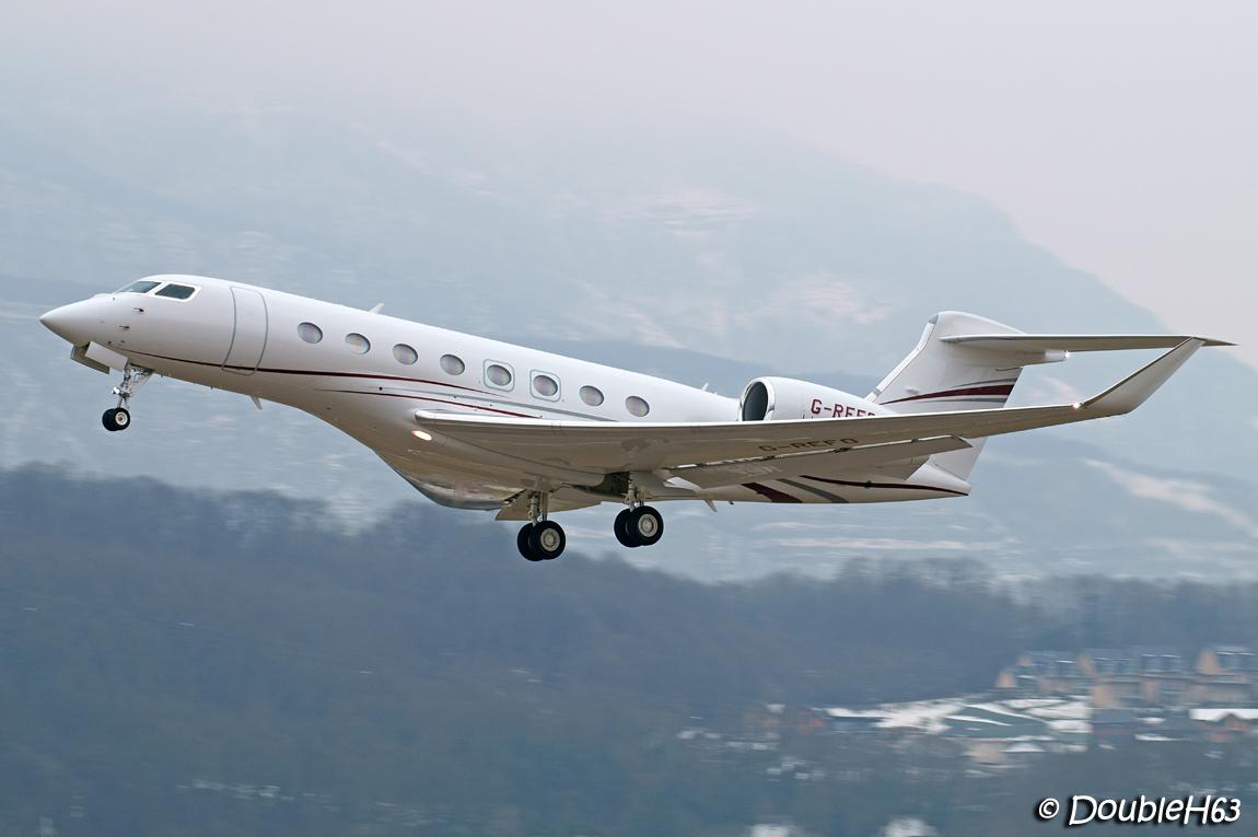 Aéroport de Chambéry Savoie [LFLB-CMF] 16362404008_ac6f61f43d_o