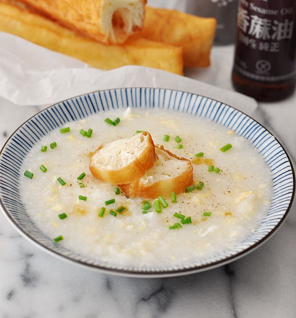 Chinese Egg Drop Soup Rice Porridge Style (aka Congee) | www.fussfreecooking.com
