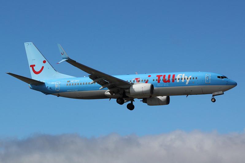TUIfly Nordic - B738 - SE-RFU (1)