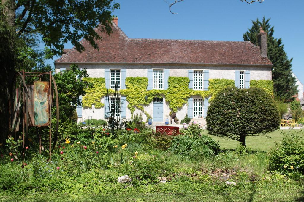 Le Petit Paris Guesthouse in Gilly-les-Citeaux