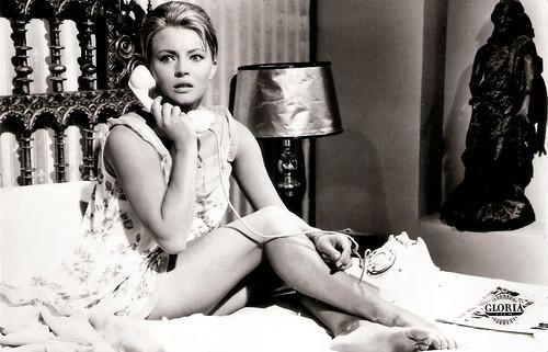 Karin Baal in Zwischen Schanghai und St. Pauli (1962)
