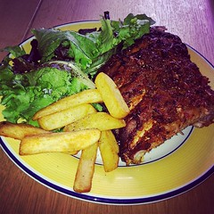 Spare ribs, chips and salad. #hkig #ukig #foodporn #foodgasm #food #igdaily #igaddict #foodgraphy #plymouth #yummy #delicious #university #ribs #chips #salad