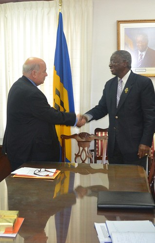 OAS Secretary General Met with Prime Minister of Barbados