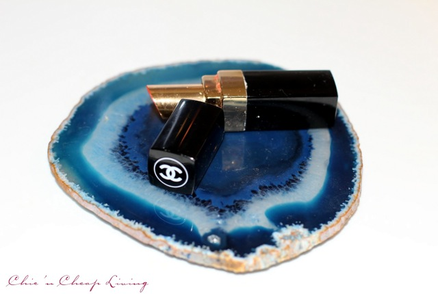 Chanel rouge coco shine by Chic n Cheap Living