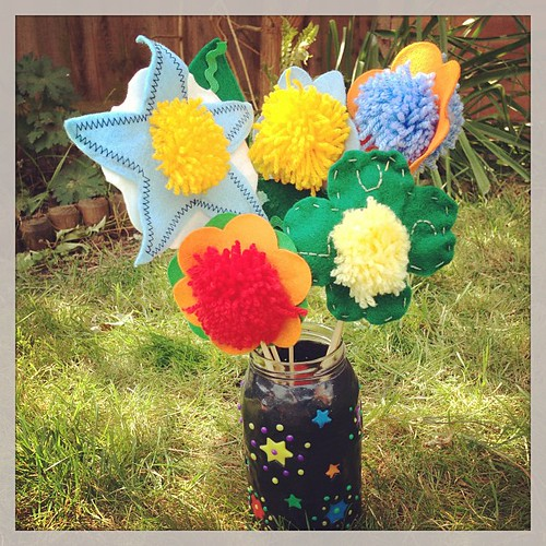 Felt and pompom flowers. #simplecrafts
