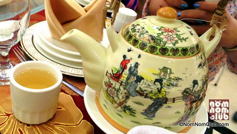 King Chef Chinese Tea in an exquisitely designed tea pot