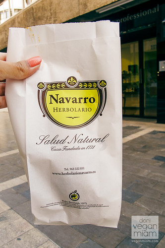 Vegan Empanadillas at Herbolario Navarro - Valencia, Spain