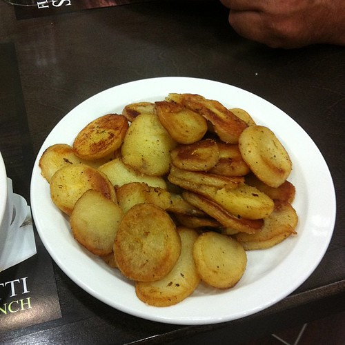 Home fries at Tutti Frutti Breakfast and Lunch #yegfood