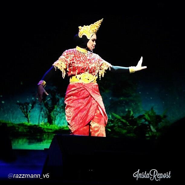 Ulasan Konsert Lentera Timur Dato' Siti Nurhaliza