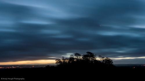 longexposure england moon clouds sunrise dawn unitedkingdom silhouettes crescent wittenhamclumps southoxfordshire littlewittenham