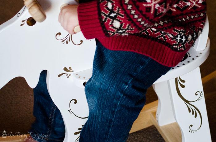 Christmas-rocking-moose-sharpies-#StaplesSharpie