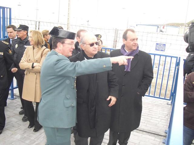 El ministro del interior jorge fern ndez d az durante el for Escuchas del ministro del interior