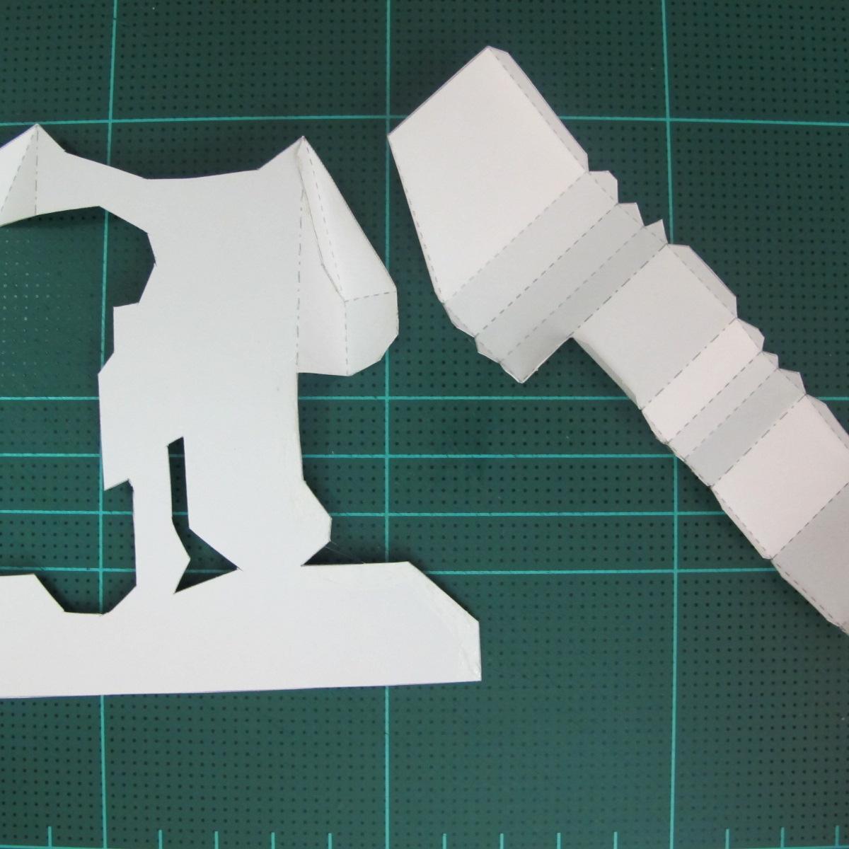 วิธีทำโมเดลกระดาษ ตุ้กตาไลน์ หมีบราวน์ ถือพลั่ว (Line Brown Bear With Shovel Papercraft Model -「シャベル」と「ブラウン」) 005