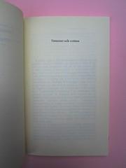 Roland Barthes, Variazioni sulla scrittura. Einaudi 1999. [Responsabilità grafica non indicata]. Titolo del primo testo: pag. 1 (part.), 1