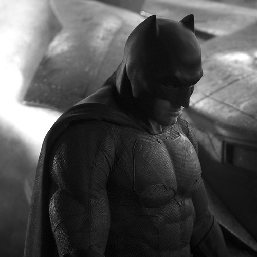 140514(2) -「班·艾佛列克」(Ben Affleck)主演『蝙蝠俠』(Batfleck)巨幅劇照今天問世、電影《超人vs.蝙蝠俠》於2016/5/6首映! 1