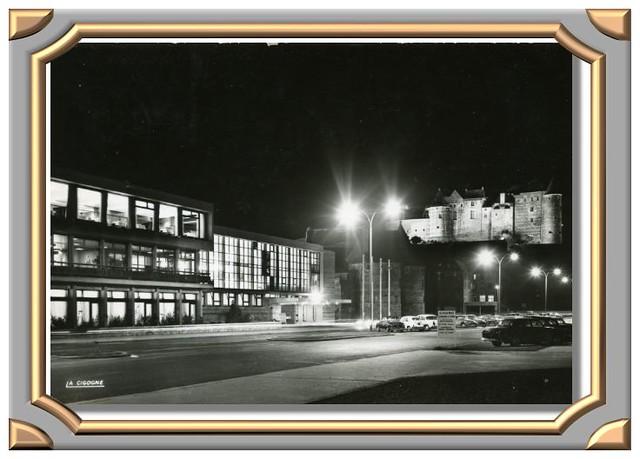 DIEPPE (Seine-Maritime). Le château et le casino la nuit