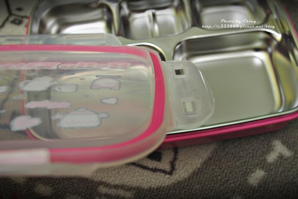 P2070230樂扣樂扣HELLO KITTY不鏽鋼雙層餐具