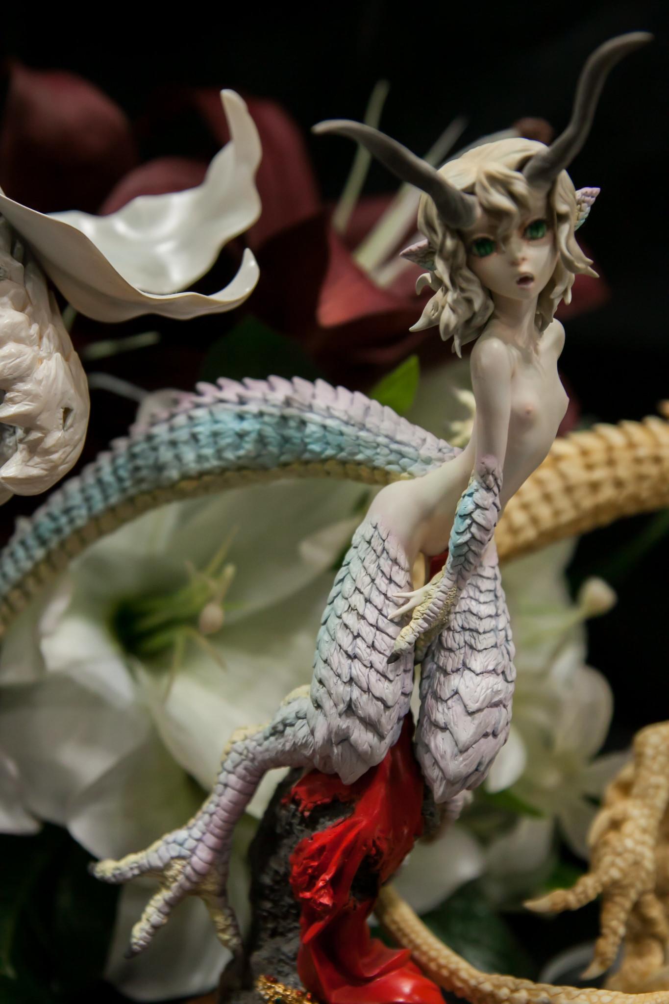 エログロイノセンス Dragon Dolores
