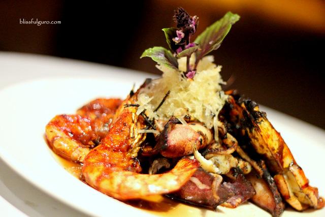 Pico De Loro Cove Hamilo Coast Batangas Restaurant