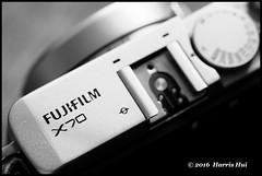 Fuji X70