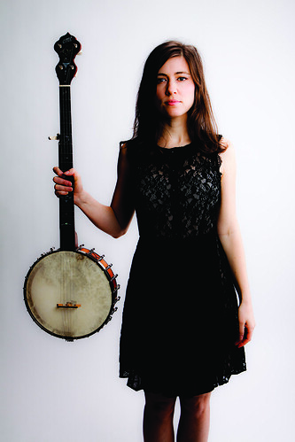 Ruth-standing-banjo-color