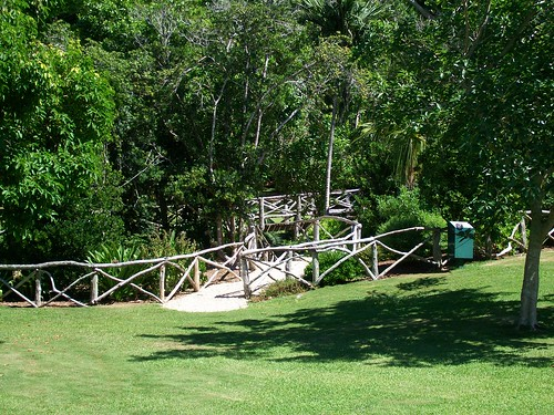 Bermuda Arboretum. The park is open from sunrise to sunset and admission is free.