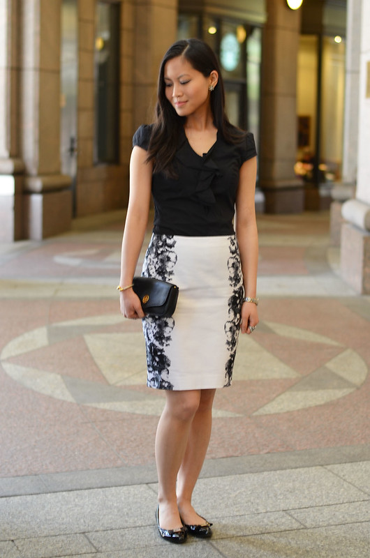 black & white mirrored floral pencil skirt