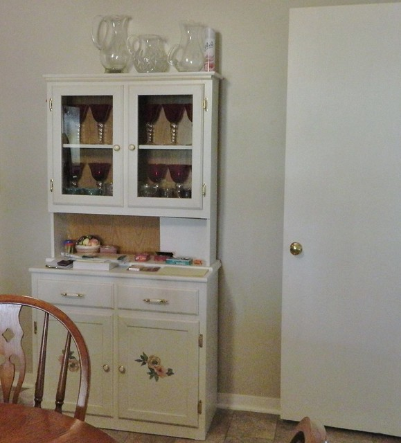 painted 50's hutch