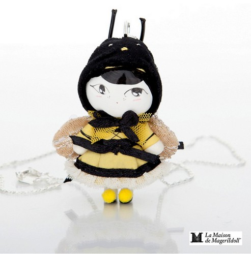 Mageritdoll Collection: Bumblebee Doll. Muñeca Abejorro (Resin Art Doll Brooch & Necklace - Muñeca artística resina) by La Maison de Mageritdoll