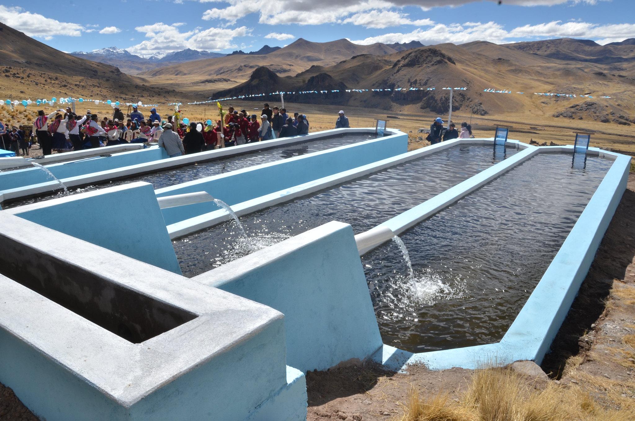 inauguracion estanque para crianza de truchas choroma sant