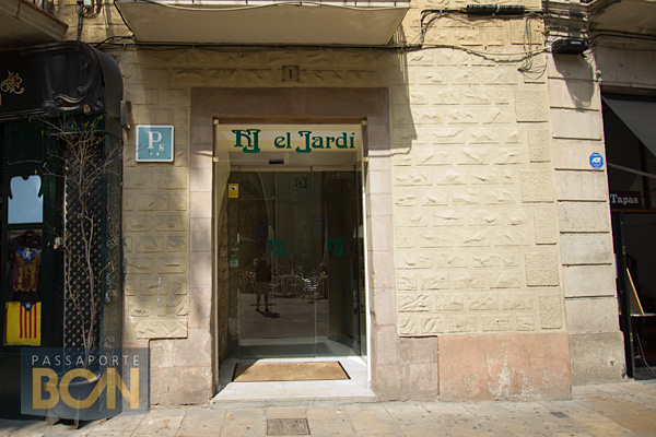 El jard passaporte bcn for Hotel el jardi barcelona