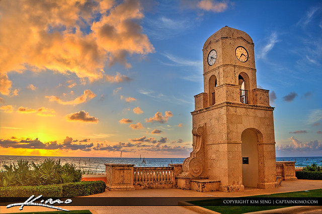 Clock-Tower-at-Palm-Beach-Island-Worth-Avenue