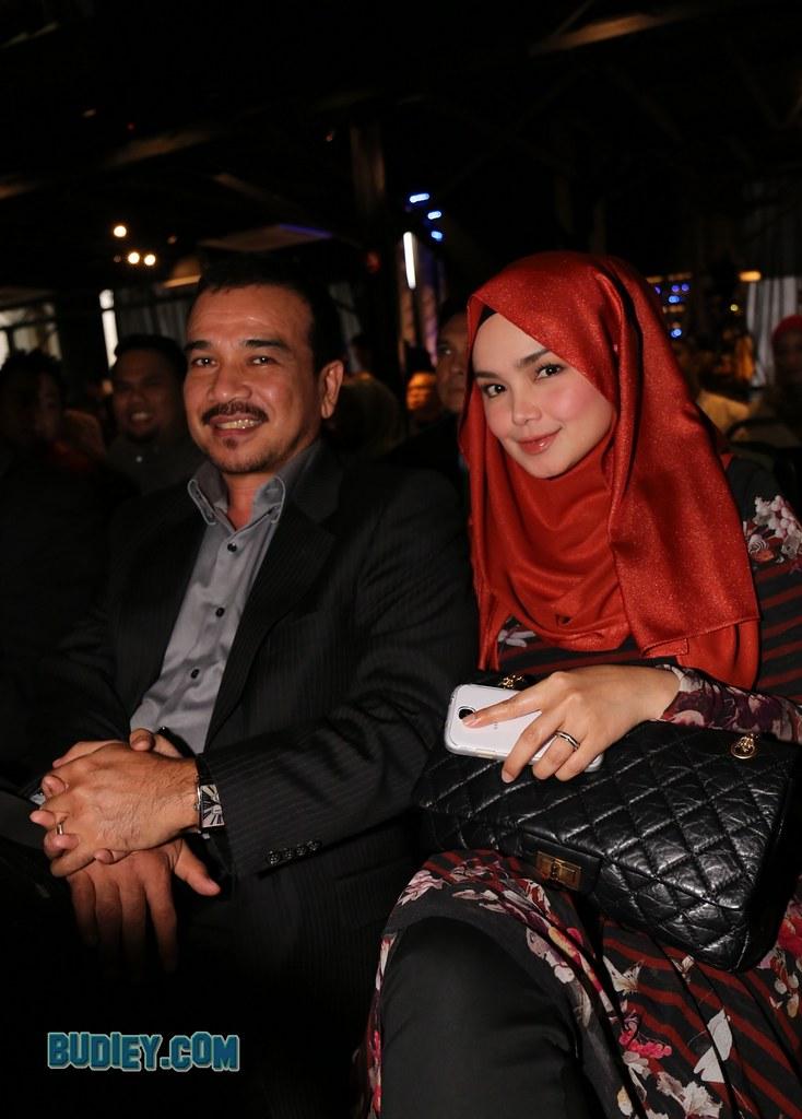 Showcase Shila Amzah