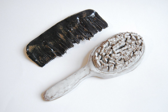ceramic comb & brush