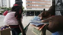 Zimbabwe currencies