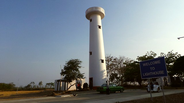 day2 poro point la union light house