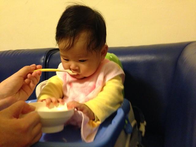 副食品餵食大戰