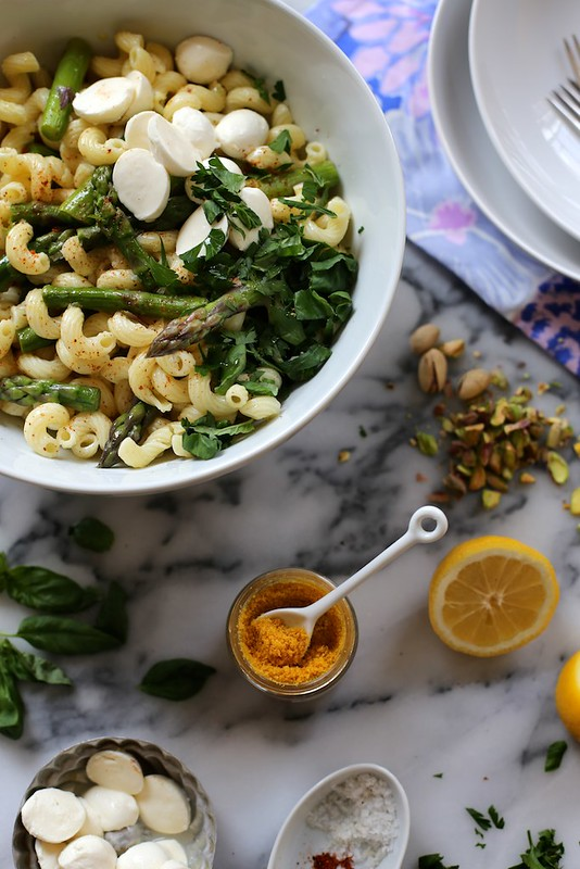 Lemon and Asparagus Pasta