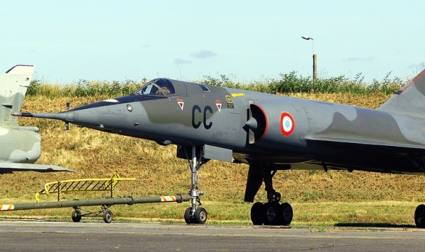 Numéro 56 [Heller Dassault Mirage IV A - 1/72] 14016295501_cf6781f093_o
