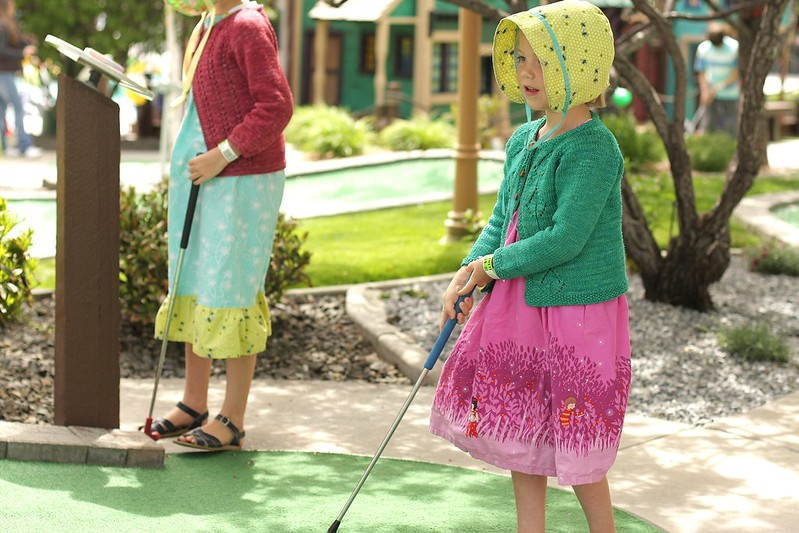 mini golf (1st time for the kiddos!)